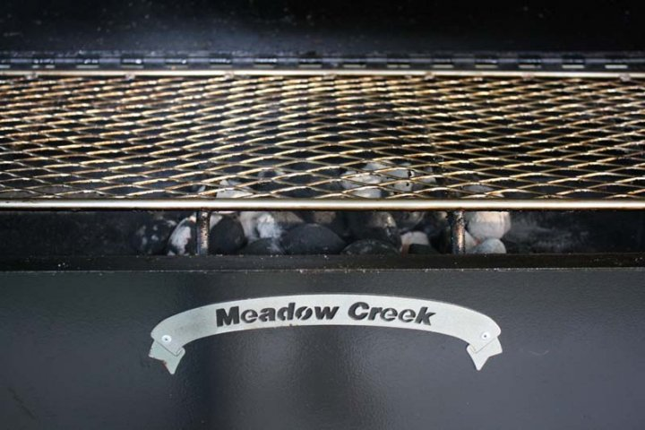 SQ36 Meadow Creek Smoker With Grill Pan