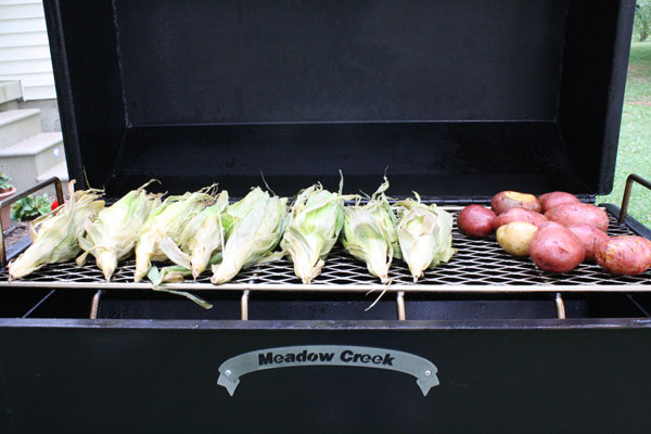corn_potatoes_on_smoker_2